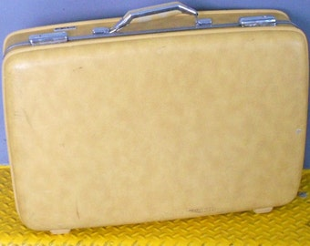 Vintage GOLDENROD SUITCASE, LUGGAGE, American Tourister, hard sided, mustard yellow, travel bag