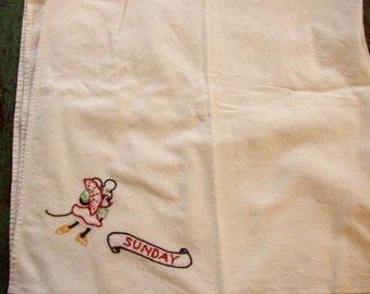 CUTE MINNIE MOUSE TABLECLOTH..EMBROIDERED...MID 1900S..SUNDAY..