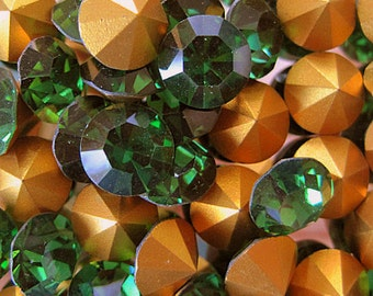 Vintage Swarovski Green Turmaline Round 34ss Faceted Crystal Chatons (6)