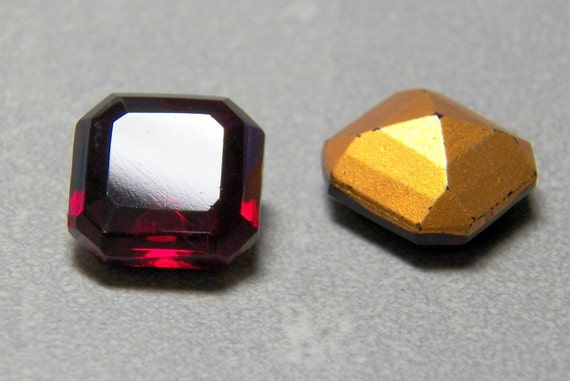 Rare Vintage  Siam Square 14mm Faceted Beveled Glass Octagon Jewels (2)