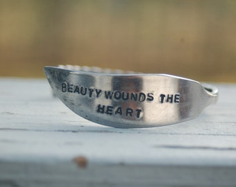 BEAUTY WOUNDS BRACELET