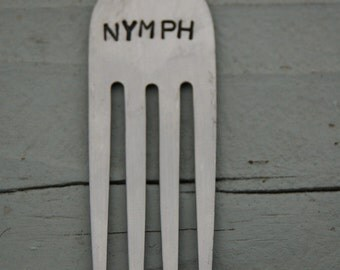 nymph hair comb