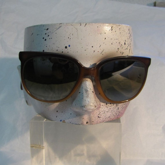 Vintage 80s Vuarnet Pouilloux Sunglasses Cat Eye New Wave Snow