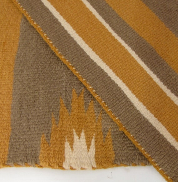 American Indian Wall Hanging Rug Two Grey Hills Soft Wool