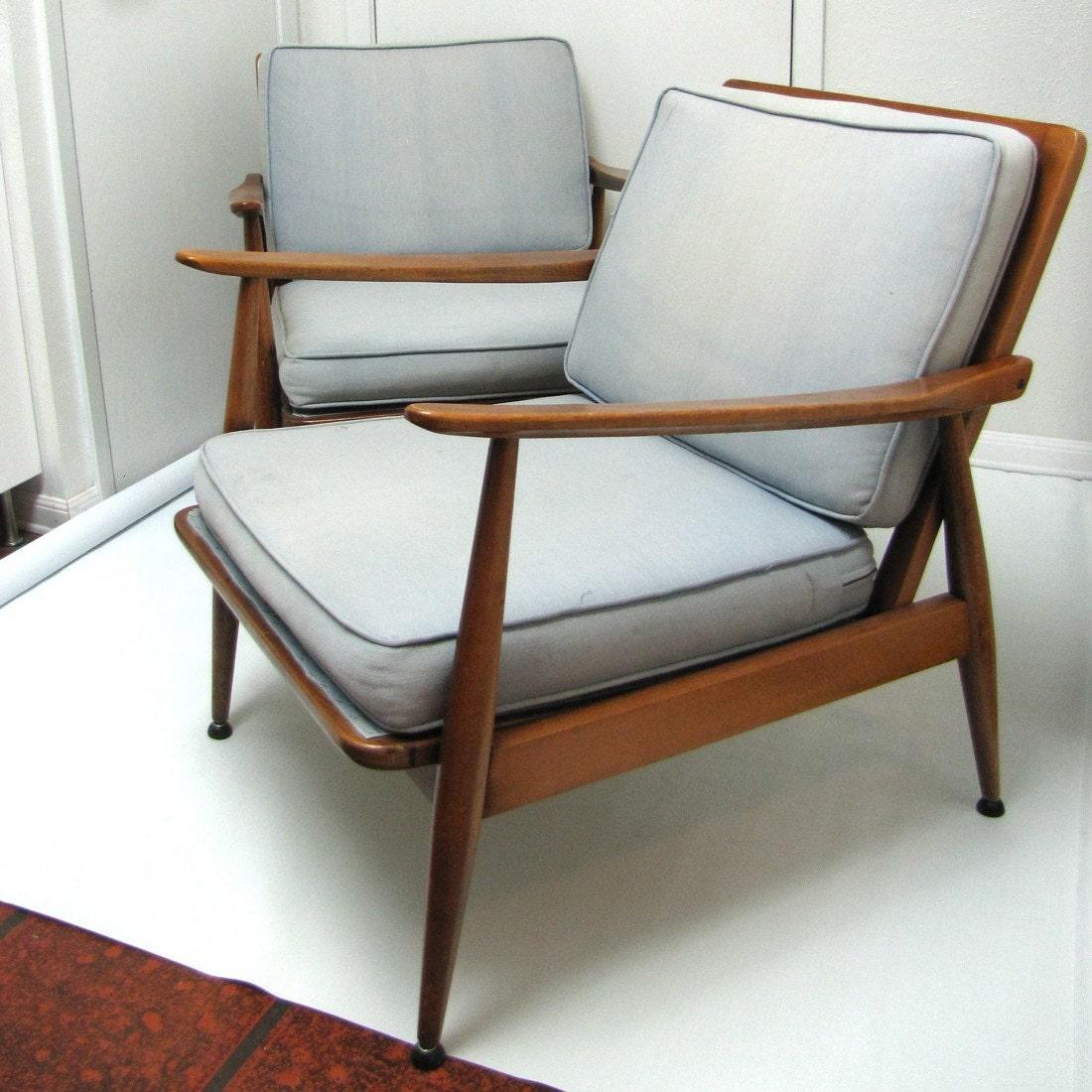 Handmade News: Ein Praktikumsplatz, dänische Möbel, Design und