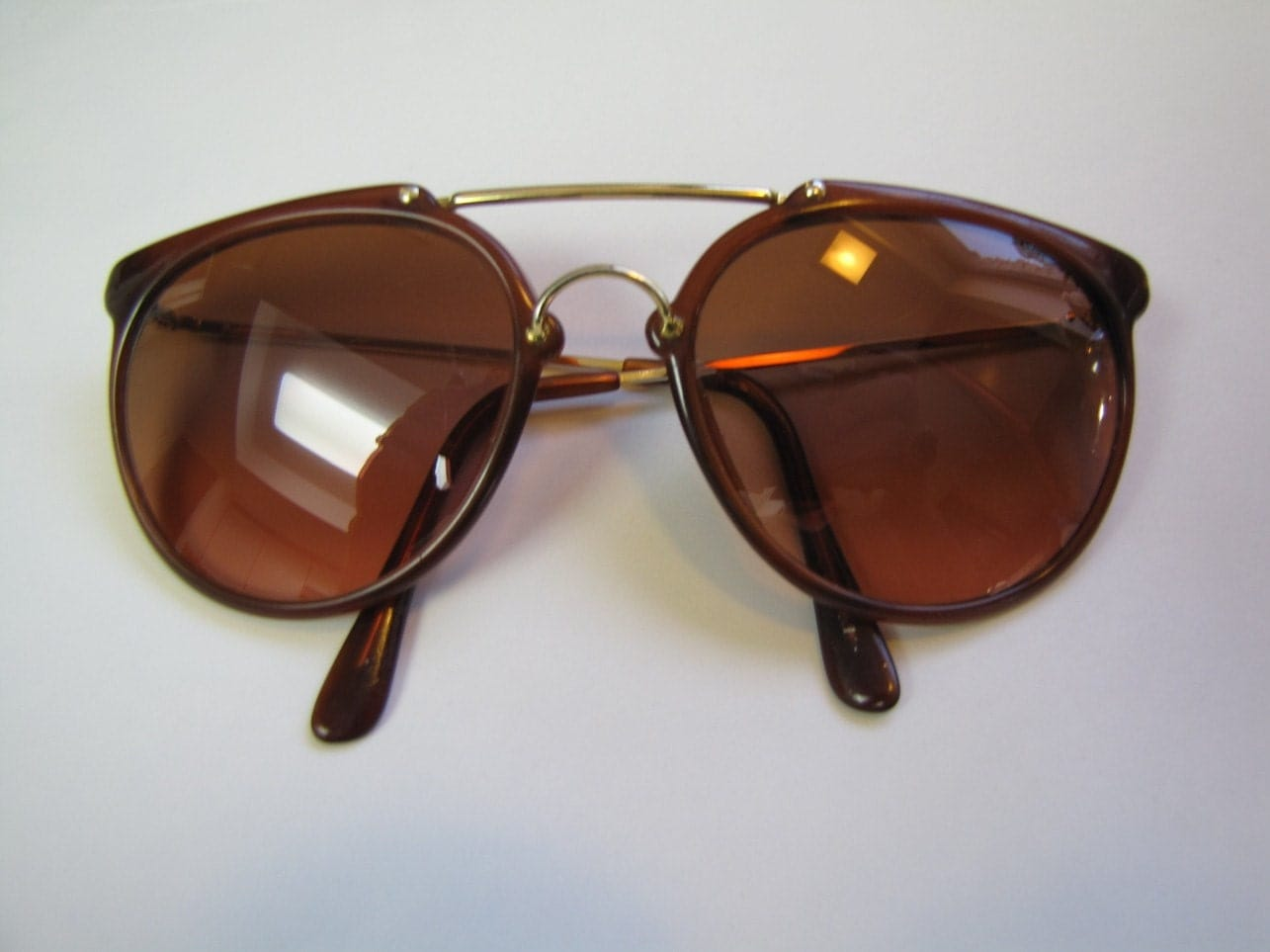 Vintage Serengeti Drivers Sunglasses model by