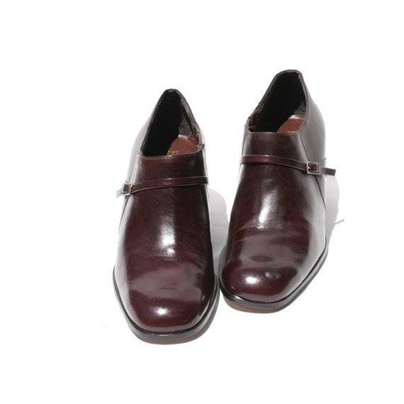 Size 7.5 Burgundy Leather Slip On Loafers