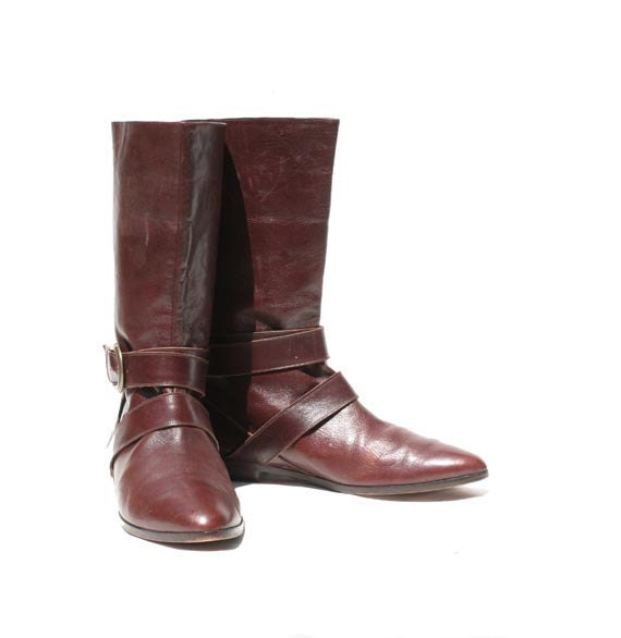 Size 8 Italy Burgundy Leather Strap Mid Calf Boots