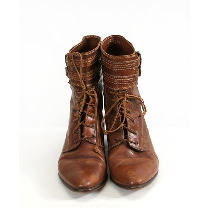 vintage brown leather lace up joan and david boots with ankle
