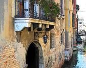 Al Ponte Mocenigo in Venice, Italy - Fine Art Digital Print, framed and matted (8 x 10)