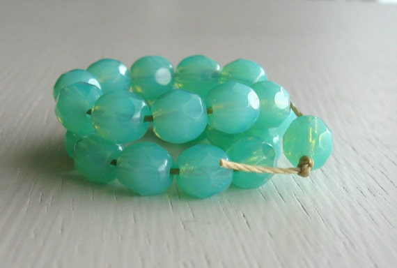 25 Milky Seafoam Faceted 6mm Rounds - Czech Glass Beads