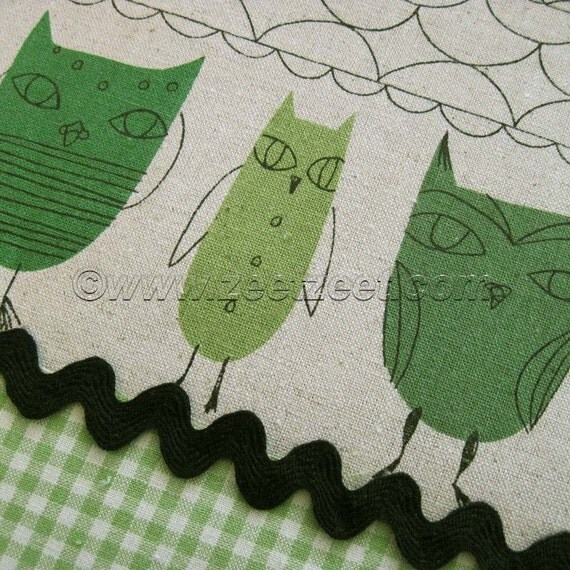 Kokka UNIQUE OWL Green Cotton Linen Fabric - 1 Yard - Home Dec Weight Japanese Import Owls