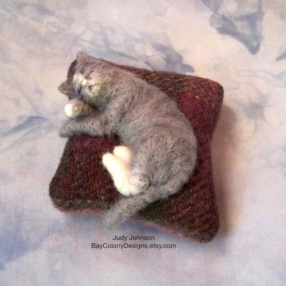 RESERVE for Schillnf   Pincushion with Needle-Felted Sleeping Kitty (61212c)