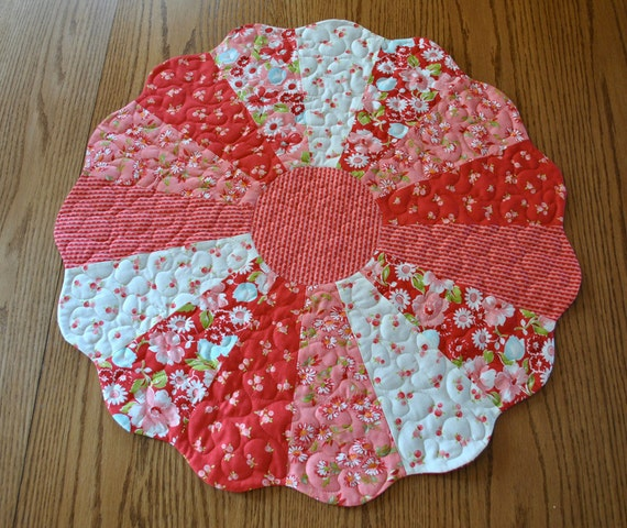Ruby Dresden Plate Table Topper