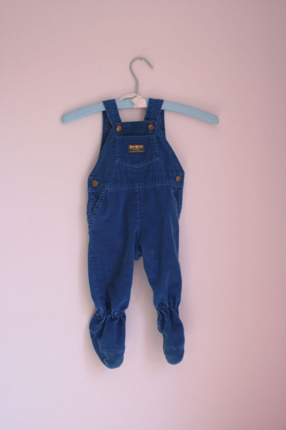 Vintage blue OshKosh corduroy overalls with footies   6 to 9 months