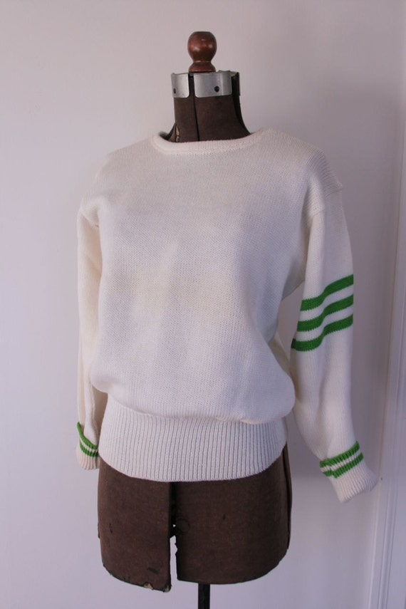 vintage wool collegiate sweater with green stripes size M