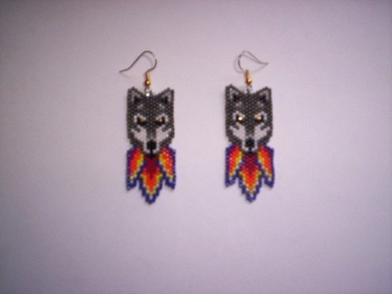 Vertical Brick Peyote Stitch Wolf Delica Seed Beading Dangle