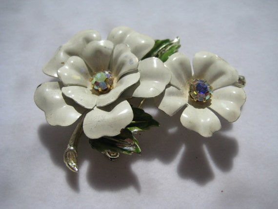 60s Tin Pin Flower Brooch with Rhinestones and Enamel