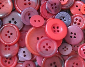 50g of Mixed Red Craft Buttons