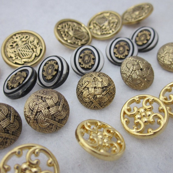20 Mixed Metallic Gold Acrylic Shank Buttons