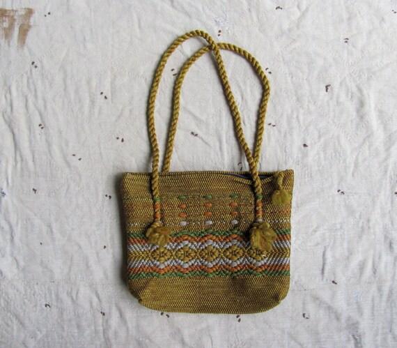 vintage 1970s hand woven purse // wild fungi