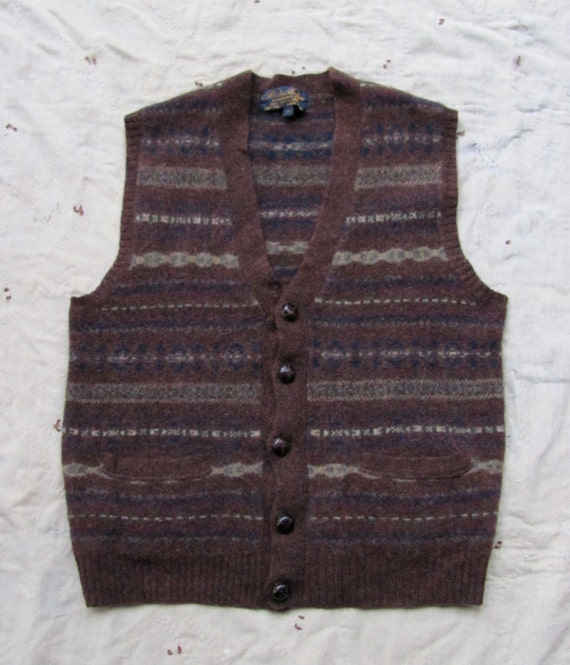 S A L E // vintage c. 1980s lambswool sweater vest // fair isle stripe // Brooks Brothers