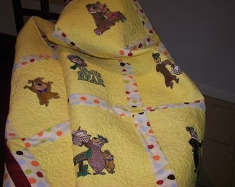 Baby Quilt Patchwork Yogi Bear and Friends Quilt