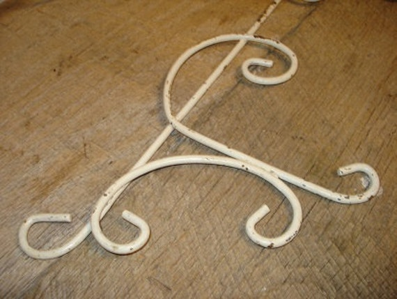 Vintage Shabby Chic Metal Scrolls Wall Hangings