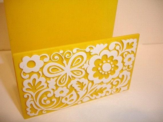 Vintage Retro Yellow Plastic Napkin  Holder     j
