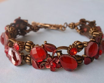 Red Spendor Antique Brass Bracelet