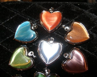 Lockets, Glowing Catseye Hearts (4)  silver, many colors, tweens teens  Team ESST, WWWG,  paganteam, OlympiaEtsy, FunkyAlternativeJewelry,