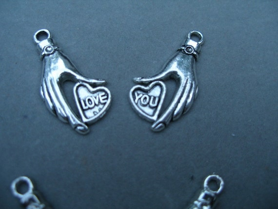 Heart in hand charms (10) antique silver -5 love, 5 you LaST LOT   WWWG, olyteam, Team ESST, paganteam
