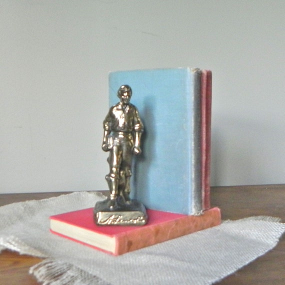 Vintage  Abraham Lincoln statue figurine brass metal historical united states president historical