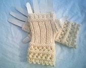 Winter White Open Lace Fingerless Gloves 100 x 100 Merino Wool