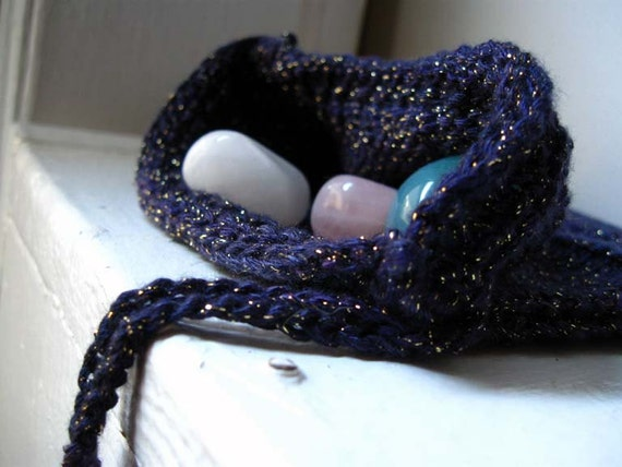 Knit Rune Bag / rune pouch / crystal dice divination bag / Tapestry in deep sparkly purple