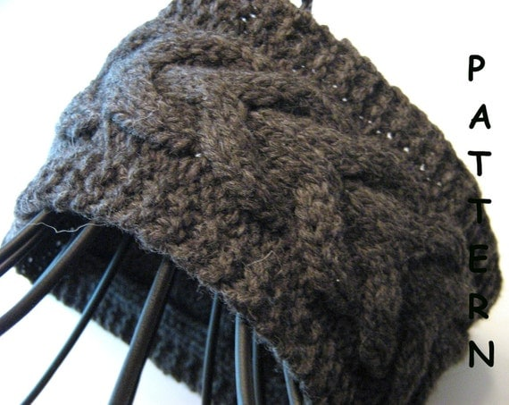 pdf Knitting Pattern - Knit Cabled Headband Earwarmer Lucky Horseshoe