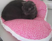 Pink Polka Dot Heart Cat Bed