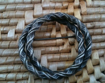 Vintage  Twisted Metal Rope Brooch