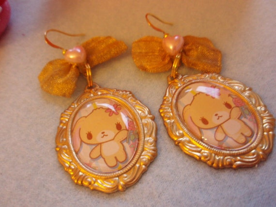 RESERVED Sugarbunnies Romantic Cameo Gold Bow Earrings
