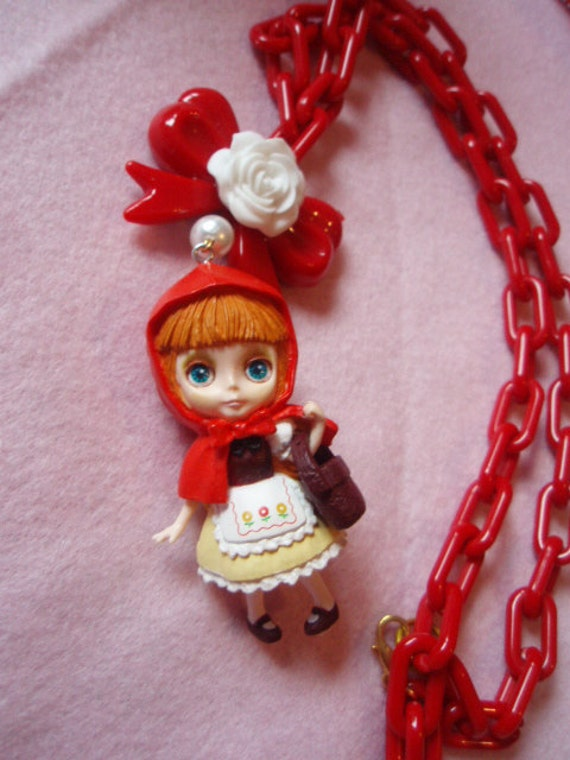 Little Red Riding Hood Blythe Doll Big Red Rose Bow Necklace