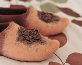Handfelted wool slippers Caramel, size Us10, READY TO SHIP