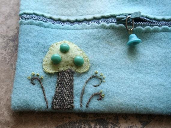 SUPER SALE handmade green mushroom felt zipper purse