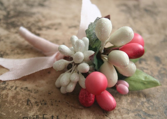 frosted wedding ribbon wrapped stamen posy