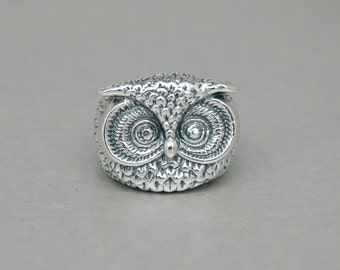 Owl of Wisdom Sterling Silver Ring - Free Shipping in the USA