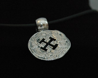 Pirate Coin Pendant - Free Shipping in the USA