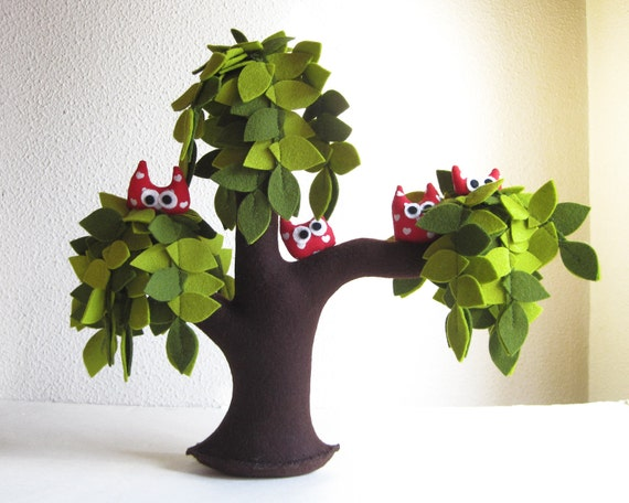 Weeping willow with a family of red owls - Valentine's gift
