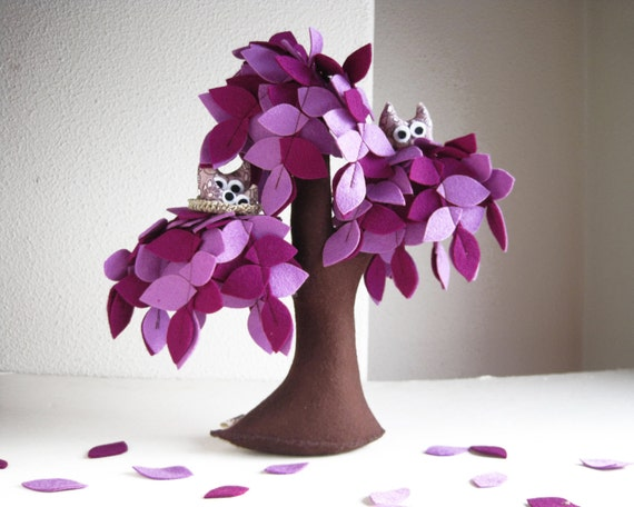 Purple Weeping willow with a family of owls - Felt Tree