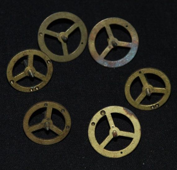6 Steampunk Supplies Large Watch Clock Parts Cogs  gears wheels Antique vintage GG80