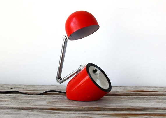 r e s e r v e d Modern Red Bullet Desk Lamp