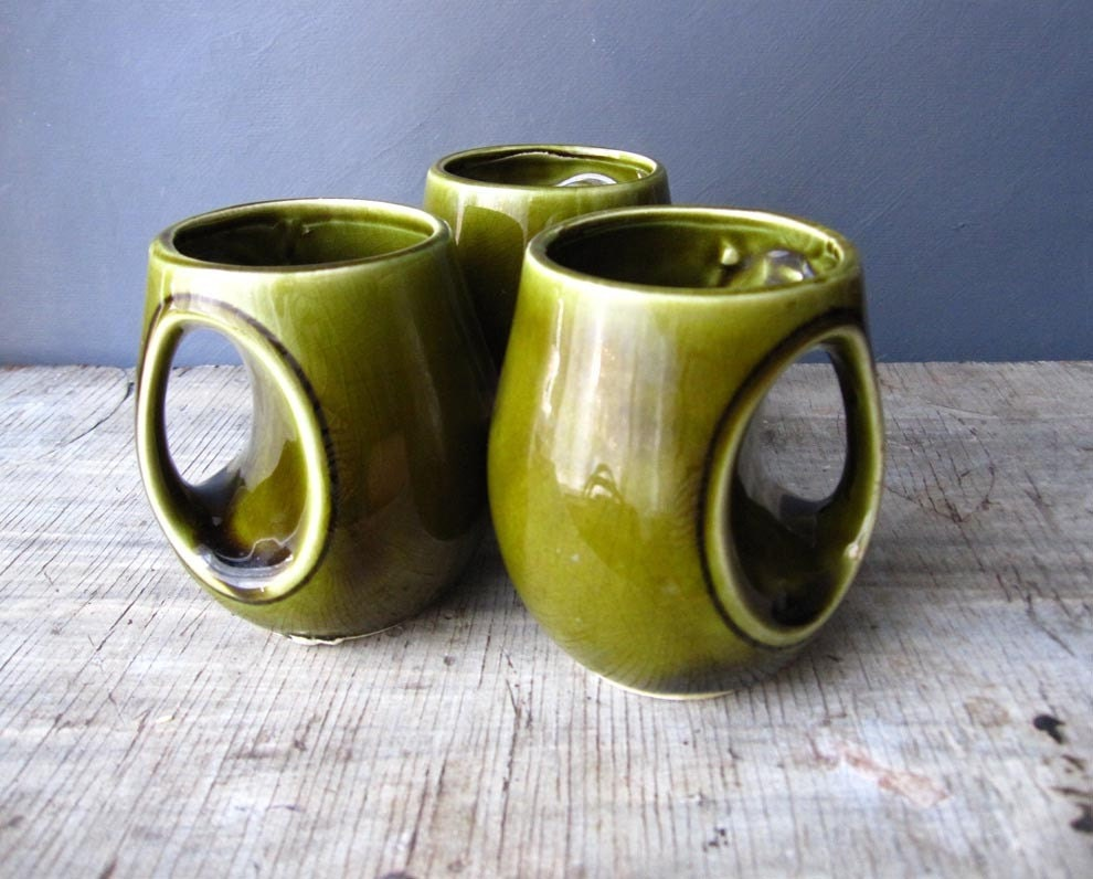 unique ceramic mugs japan green glazed
